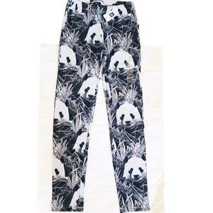 GAP. Panda print. Black/White NWT. Leggings/Pants